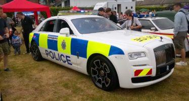 Η Rolls-Royce Ghost με στολή περιπολικού