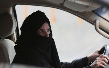 Άρση της απαγόρευσης οδήγησης για τις γυναίκες στη Σαουδική Αραβία