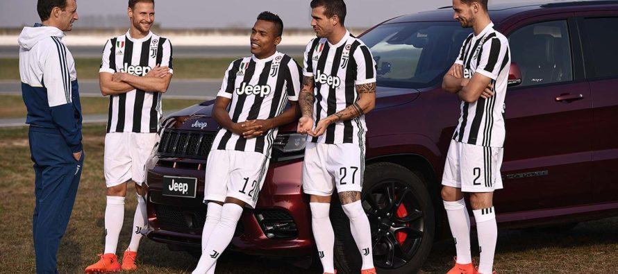 Οι παίκτες της Γιουβέντους προπονούνται με τα μοντέλα της Jeep
