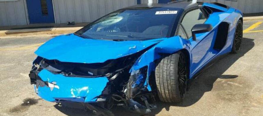 Εκτός δράσης μια Lamborghini Aventador SV Roadster