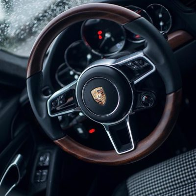 low_millionth_911_interior_china_2017_porsche_ag