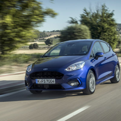 2017_Ford_Fiesta_ST-Line_Deep_Impact_Blue_006-1