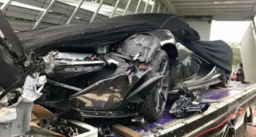 Τρακάρισμα για μια McLaren P1 χωρίς να πατήσει στην άσφαλτο