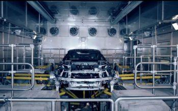 Η συναρμολόγηση του νέου BMW i8 Roadster  (video)