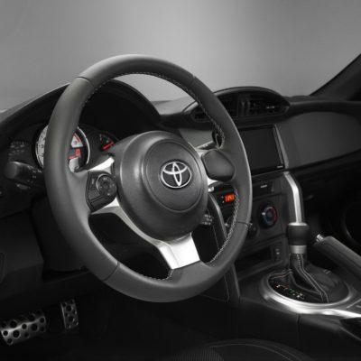 2017-Toyota-86-10