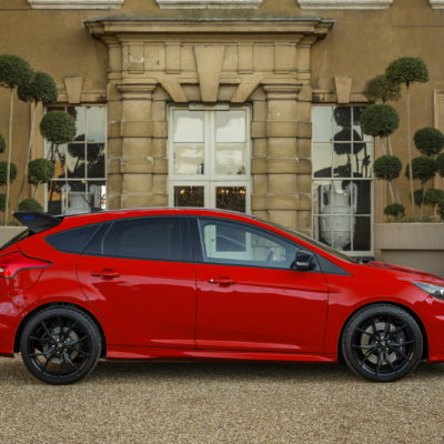 2018-ford-focus-rs-race-red-edition-2