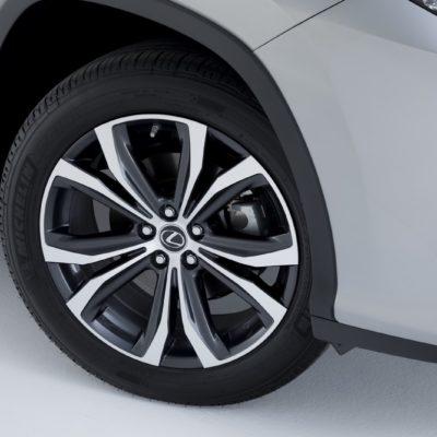 2019-Lexus-RXL-6