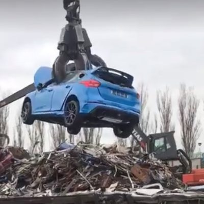 ford-focus-rs-crushed-junk-yard-6