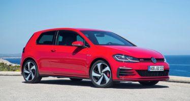 Σκίουροι προκάλεσαν ζημία σε ένα Volkswagen Golf