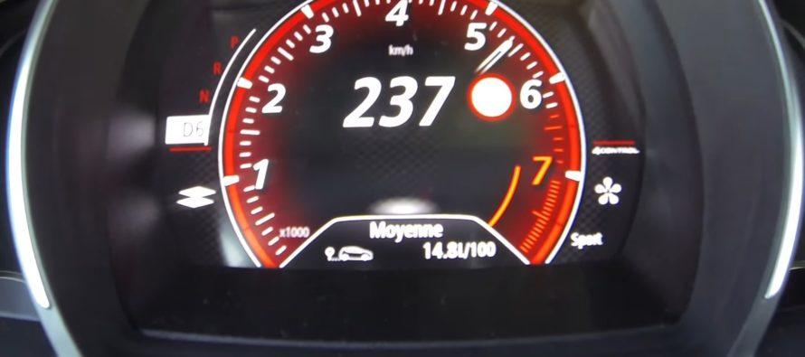 Δείτε το Renault Megane R.S. να φτάνει τα 237 χλμ./ώρα (video)