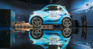 Τα Smart θα είναι ηλεκτροκίνητα πλέον (video)
