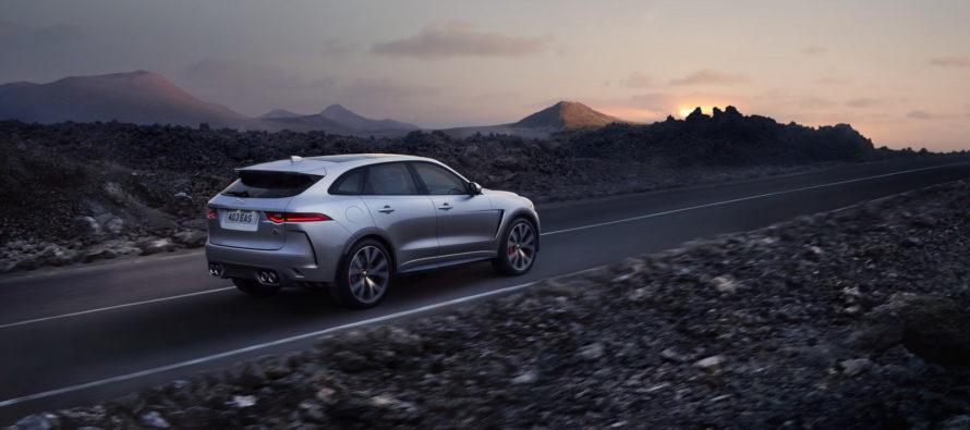 Μόνο 4,3 δευτ. θέλει η Jaguar F-Pace SVR για την επιτάχυνση 0-100 χλμ./ώρα