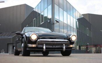 Και όμως αυτή είναι μια Mercedes SLK