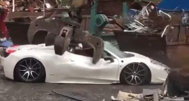 Τι οδήγησε στην καταστροφή αυτής της Ferrari 458 Spider; (video)