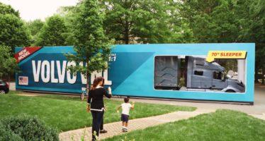 Ρεκόρ Γκίνες στη Volvo για το μεγαλύτερο unboxing (video)