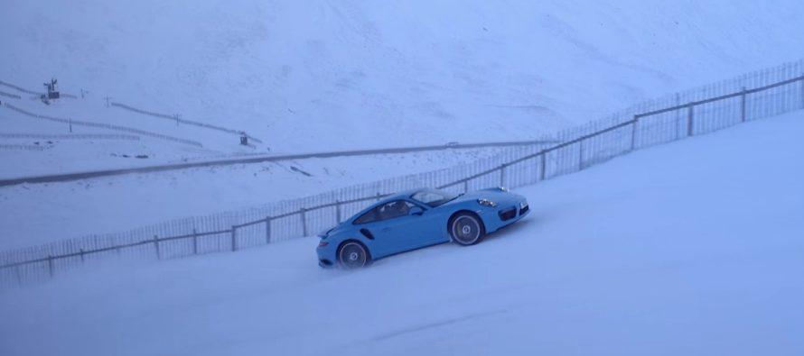 Δείτε την Porsche 911 Turbo S να ανεβαίνει πίστα του σκι (video)