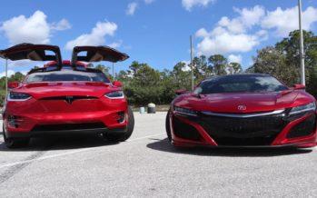 Η μάχη της επιτάχυνσης ανάμεσα σε Acura NSX και Tesla Model X (video)