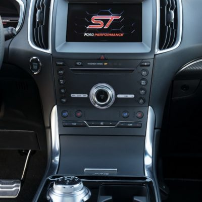 2019-Ford-Edge-ST-08