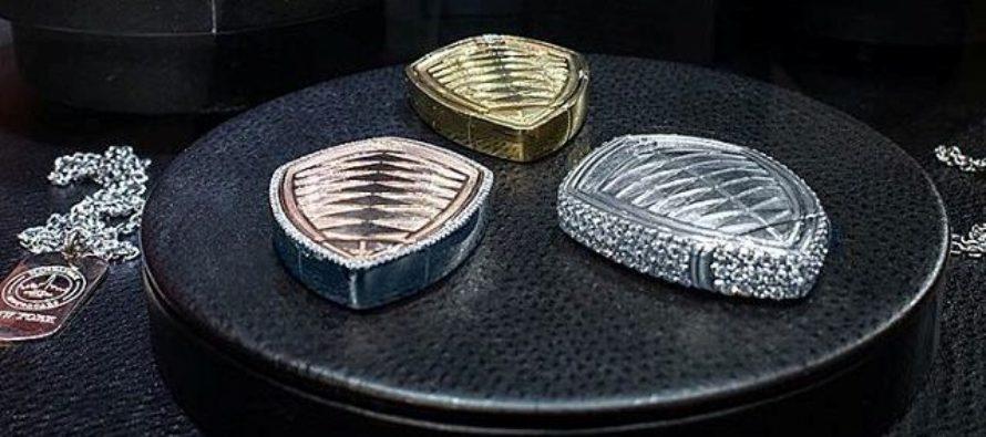 Με διαμάντια διακοσμημένο το κλειδί του Koenigsegg Regera