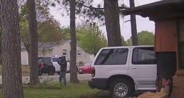 Ένα Ford Explorer έπεσε σε σπίτι και προκάλεσε έκρηξη (video)