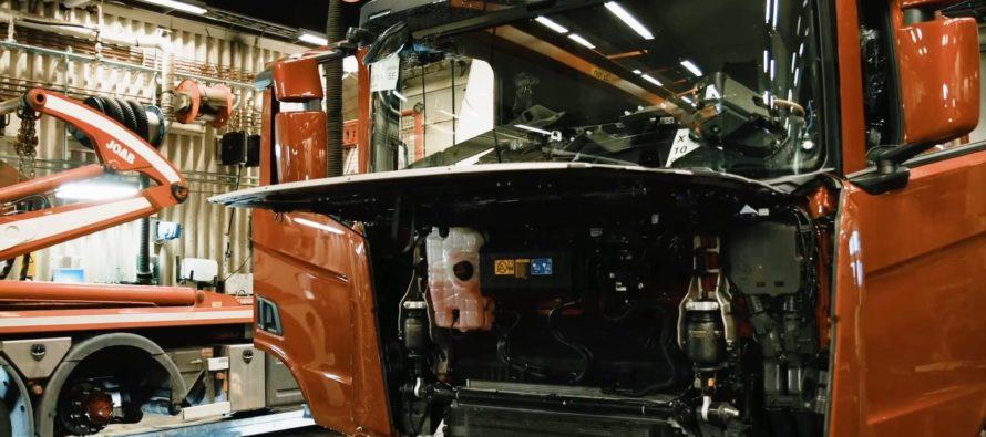 Τοποθέτηση ηχοσυστήματος σε φορτηγό Scania (video)