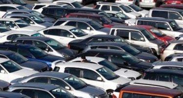 Πόσα αυτοκίνητα πουληθήκαν στην Ελλάδα τον Απρίλιο;
