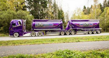 Το μωβ φορτηγό Μercedes Actros των 450.000 ευρώ