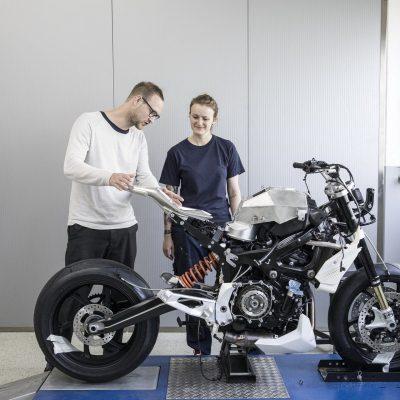 BMW-Concept-9cento-1