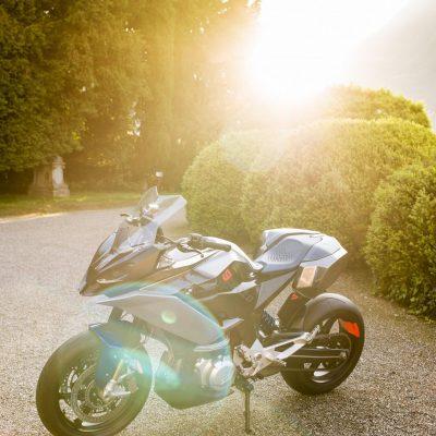 BMW-Concept-9cento-9