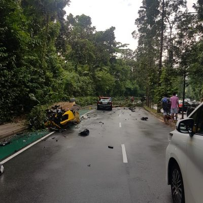 Lamborghini-Aventador-Singapore-Crash-6
