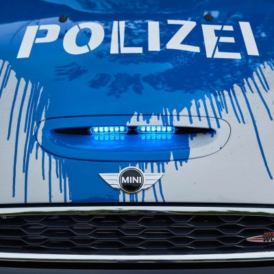MINIJohnCooperWorks-police-car07