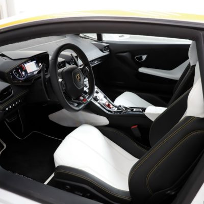 Pope-Lamborghini-Huracan-Auction-7