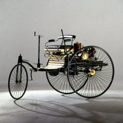 1933a21f-benz-patent-motorwagen-2