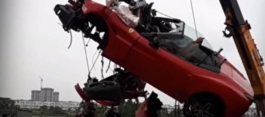 Νεκρός ο οδηγός μιας Ferrari California T μετά από σύγκρουση (video)