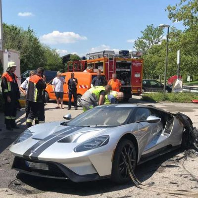 Ford GT -fire-