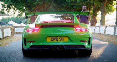 Είναι ένα drone ταχύτερο από την Porsche 911 GT3 RS; (video)