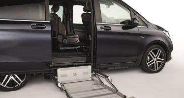 Η Mercedes V-Class για άτομα με κινητικά προβλήματα (video)