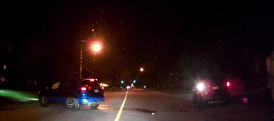 Δείτε ένα Toyota RAV4 να πέφτει σε μια σταματημένη BMW X3 (video)