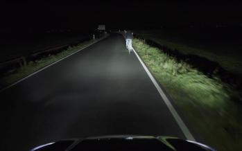 Τη νύχτα μέρα κάνουν οι προβολείς του νέου Ford Focus (video)