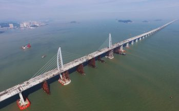 Η μεγαλύτερη γέφυρα του κόσμου είναι έτοιμη (video)