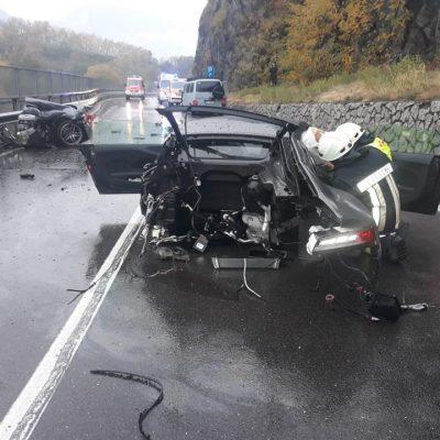 90850c64-audi-r8-massive-crash-5