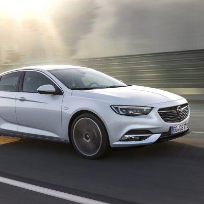 Opel-Insignia-Grand-Sport-304398_1