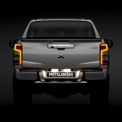 033701c2-2019-mitsubishi-l200-pickup-unveiled-42