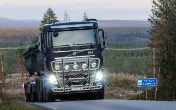 Τα φορτηγά της Volvo που κάνουν ετησίως 224 φορές το γύρο του κόσμου (video)