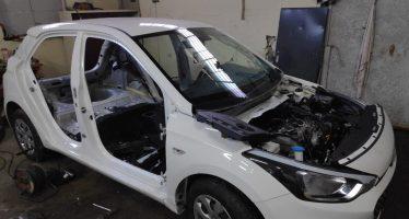 Εξαρθρώθηκε σπείρα που έκλεβε αυτοκίνητα και τα πωλούσε για ανταλλακτικά