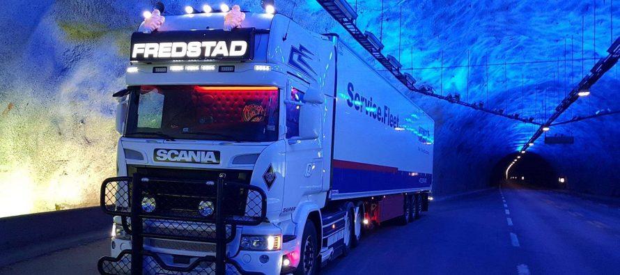 Κέικ σε σχήμα φορτηγού της Scania (video)