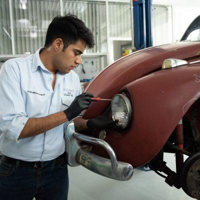 537673ee-1966-vw-beetle-restoration-04