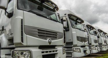 Άνοδος στις πωλήσεις φορτηγών και πτώση στα λεωφορεία το Νοέμβριο