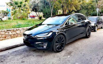 To αυτοκίνητο της ημέρας: Ένα Tesla Model X στο Βοτανικό