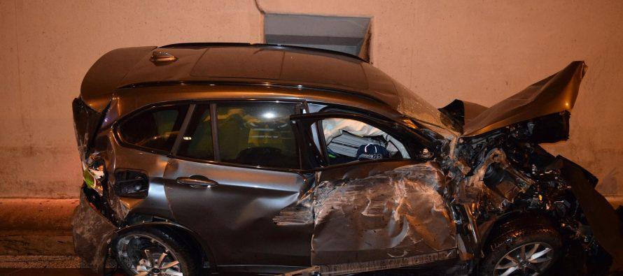 Δείτε πως αυτή η BMW X1 μπήκε πετώντας μέσα σε τούνελ (video)